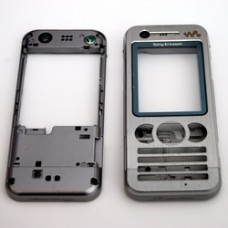 Genuine Sony Ericsson W890i Silver Front Cover & Chassis + T6